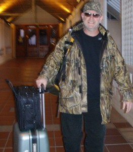 Following a successful location shoot, Billy leaves the hotel with a suitcase full of toiletries, towels and bathrobes.